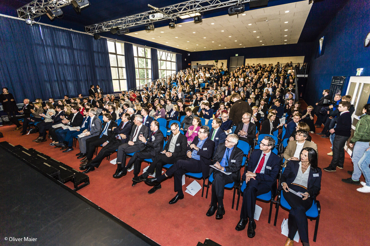 Participants of the World Market Forum in Louisenlund